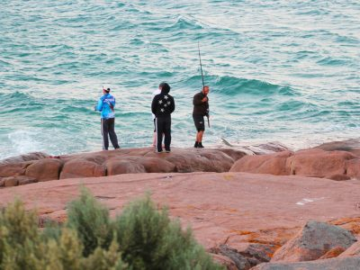 Flinders Island rock fishing